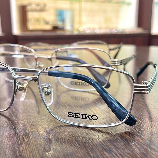 遠近両用メガネ例4